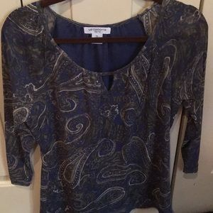 Size PL Liz Claiborne Top with sheer sleeves